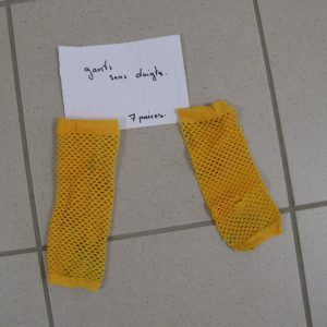 Gants filets sans doigts jaunes